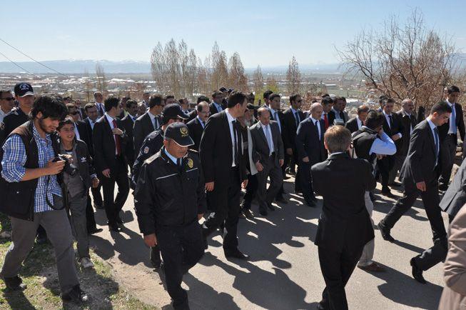 Bakanlara Erzurum'da sevgi seli