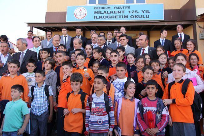 Erzurum'da 189 bin öğrenci dersbaşı yaptı