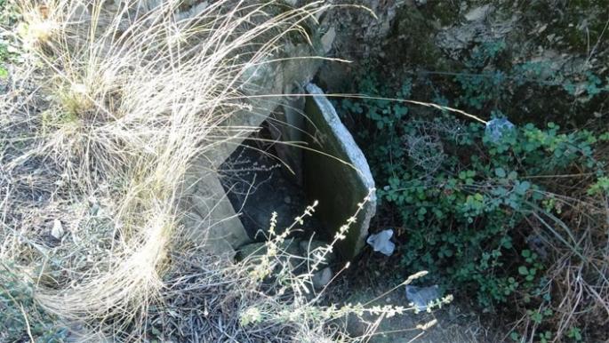 2500 yıllık mezar oda gizemini koruyor...