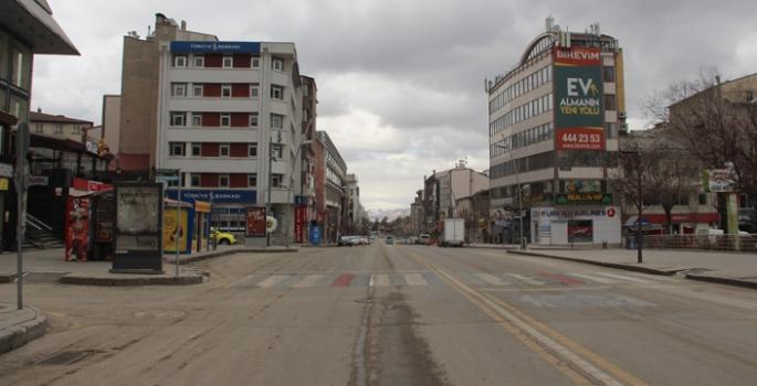 Erzurum'da sokaklar sessiz kaldı