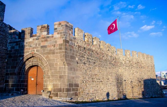 Erzurum'da yeni kısıtlamalar...
