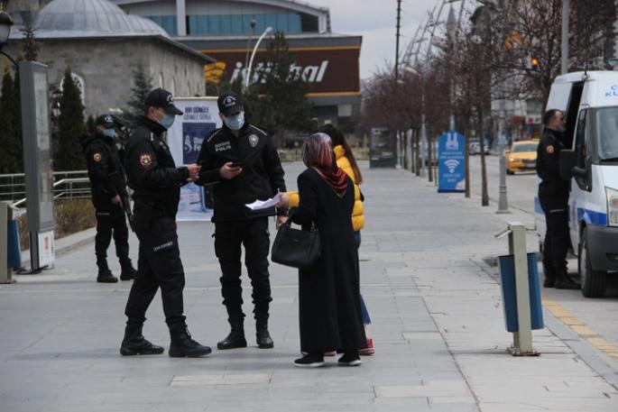 Erzurum kısıtlamaya uydu
