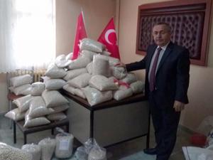 1453 ruhuyla Mehmetçiğe 1453 kilo fasulye gönderdiler