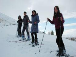 Erzurum izcileri kayak sezonunu açtı