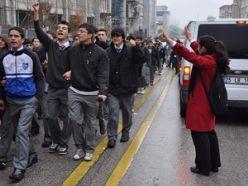 Erzurum`da teröre tepki yürüyüşü