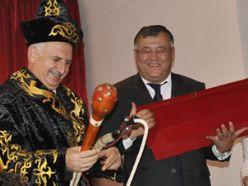 Rektör Koçak`a Kazaklardan anlamlı ünvan