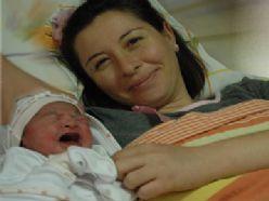 İşte Erzurum`da 2012`nin  ilk bebeği