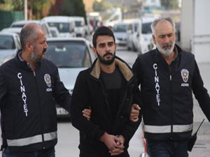 Adana'da site sakini kapıcıyı silahla vurdu!