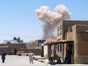 Afganistan'da canlı bombalı çifte saldırı!