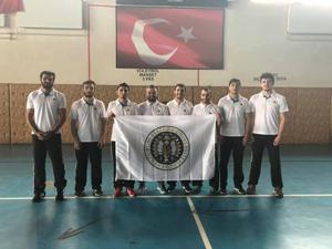 AÜ boks takımı şampiyonaya katılıyor