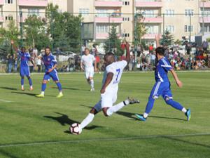 B.B. Erzurumspor ikinci hazırlık maçında güldü