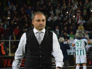 B.B. Erzurumspor'un yeni Teknik Direktörü Erkan Sözeri oldu