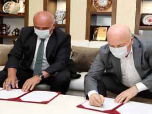 Başkan Sekmen'den 'Yeşil Palandöken' imzası