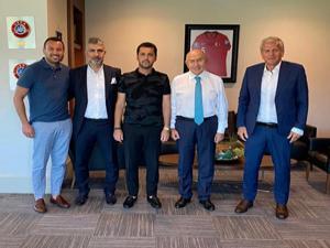 Başkan Üneş'ten TFF'ye ziyaret