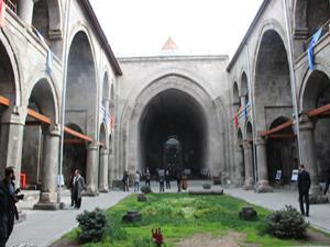 Çifte Minareli Medrese yeniden hizmete açıldı