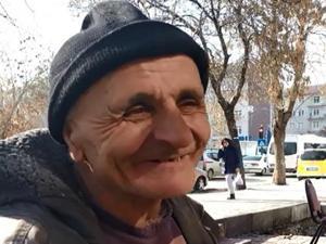 Dilenmek için her gün Erzincan'dan Erzurum'a geliyor