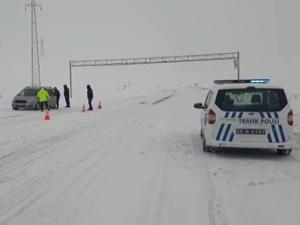 Emniyet Müdürlüğü İlçelerde yol güvenliğini artırdı