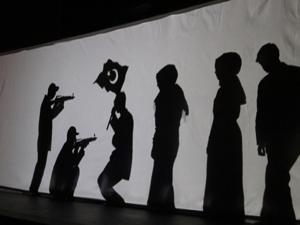 Engelli öğrenciler tiyatro turnesinde