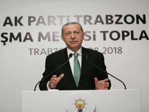 Erdoğan konuşurken salondan bu ses yükseldi!