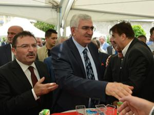 Erzurum AK Parti'de bayramlaşma töreni