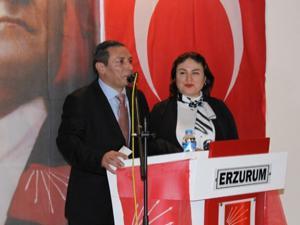 Erzurum CHP'de olaylı kongre