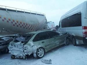Erzurum'da zincirleme kaza: 1 ölü, 4 yaralı