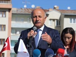 Erzurum'da 400 öğrenciye bisiklet dağıtıldı