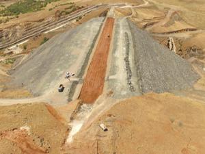 Erzurum Hınıs Başköy Barajında çalışmalar devam ediyor...