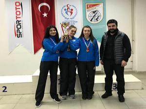 ETÜ Atıcılık Kız Takımı Erzurum'a madalya ile döndü