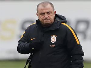 Fatih Terim'in şampiyonluk sistemi: 4-2-4