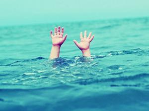 Hayvanları sulamak için gittiği gölette boğuldu