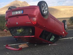 Horasan'da otomobil takla attı: 1 ölü, 1 yaralı