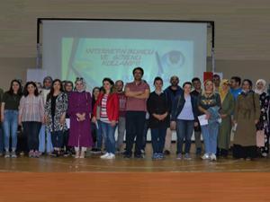 'İnternetin Bilinçli ve Güvenli Kullanımı' semineri