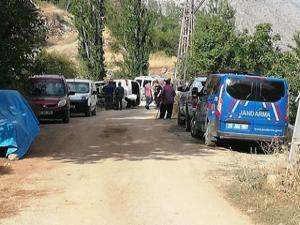 İspir'de freni boşalan minibüs yan yattı