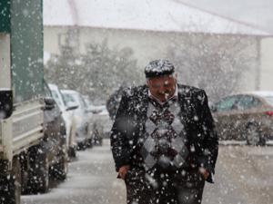 Kar yağışına hazırlıksız yakalandılar