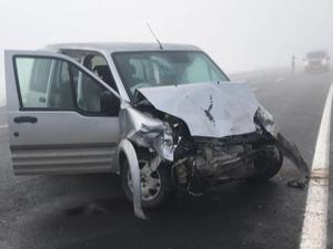 Kars'ta zincirleme kaza! 20 yaralı