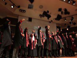 Veteriner Fakültesi 8. Dönem mezunlarını verdi