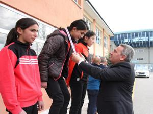 Krosta şampiyon Spor Lisesi ve Karayazı