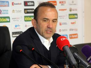 Mehmet Özdilek: Oyuncularımı tebrik ederim