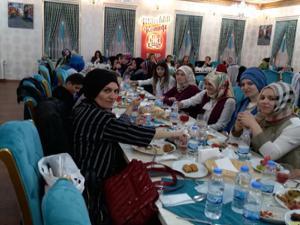 MHP Kadın Kolları teşkilatı Şehit Annelerini unutmadı