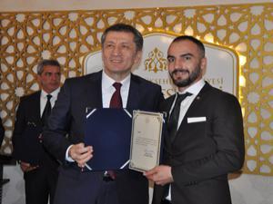 Milli Eğitim Bakanı Ziya Selçuk Erzurum'da