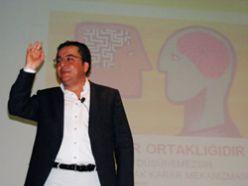 Erzurum`da siyaset akademisne yoğun ilgi