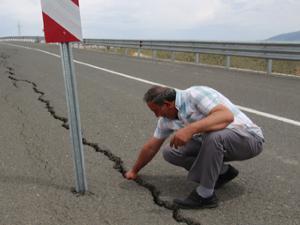 Oltu Çevre yolu 18 yıldır bitirilemiyor