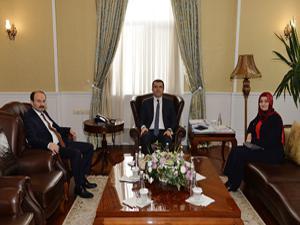 Rektör Çakmak'tan Erzurum Valisi Okay Memiş'e ziyaret