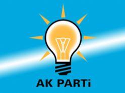 AK Partiye geçen Başkanlar rozet taktı