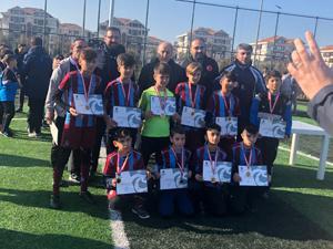 Turnuvanın Şampiyonu Oltu Trabzonspor Futbol Okulu
