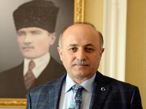 Vali Azizoğlu: Erzurum kongresi ile bağımsızlık meşalesi yakılmıştır