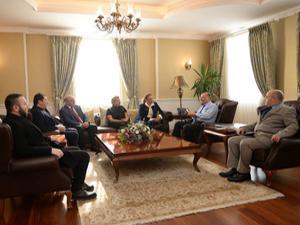 Vali Azizoğlu, Mobbing heyetini kabul etti