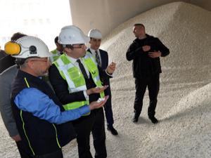 Vali Memiş Aşkale'de maden fabrikasını inceledi