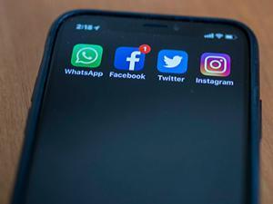 WhatsApp, Facebook ve Instagram neden çöktü?